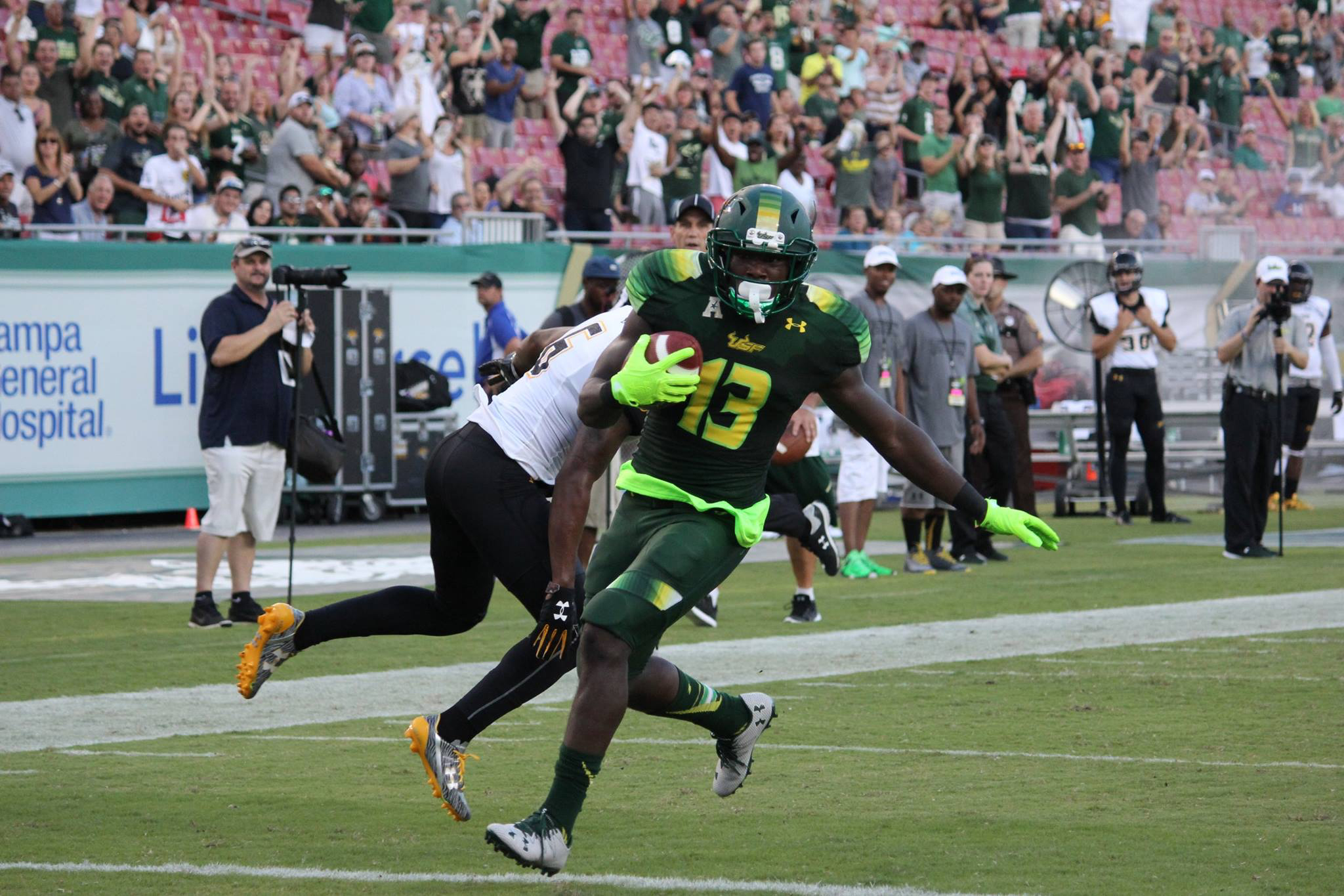 To expand, USF St. Petersburg needs on-campus sports