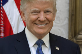 Official_Portrait_of_President_Donald_Trump